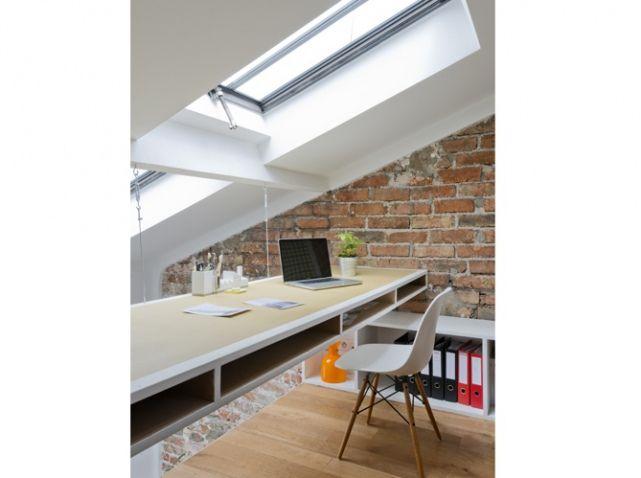 Bureau sous les toits déco maison Pinterest - creer une entree dans une maison
