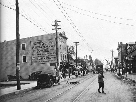 Downtown Mineola Long Island Ny In 1913 View Is Of Main