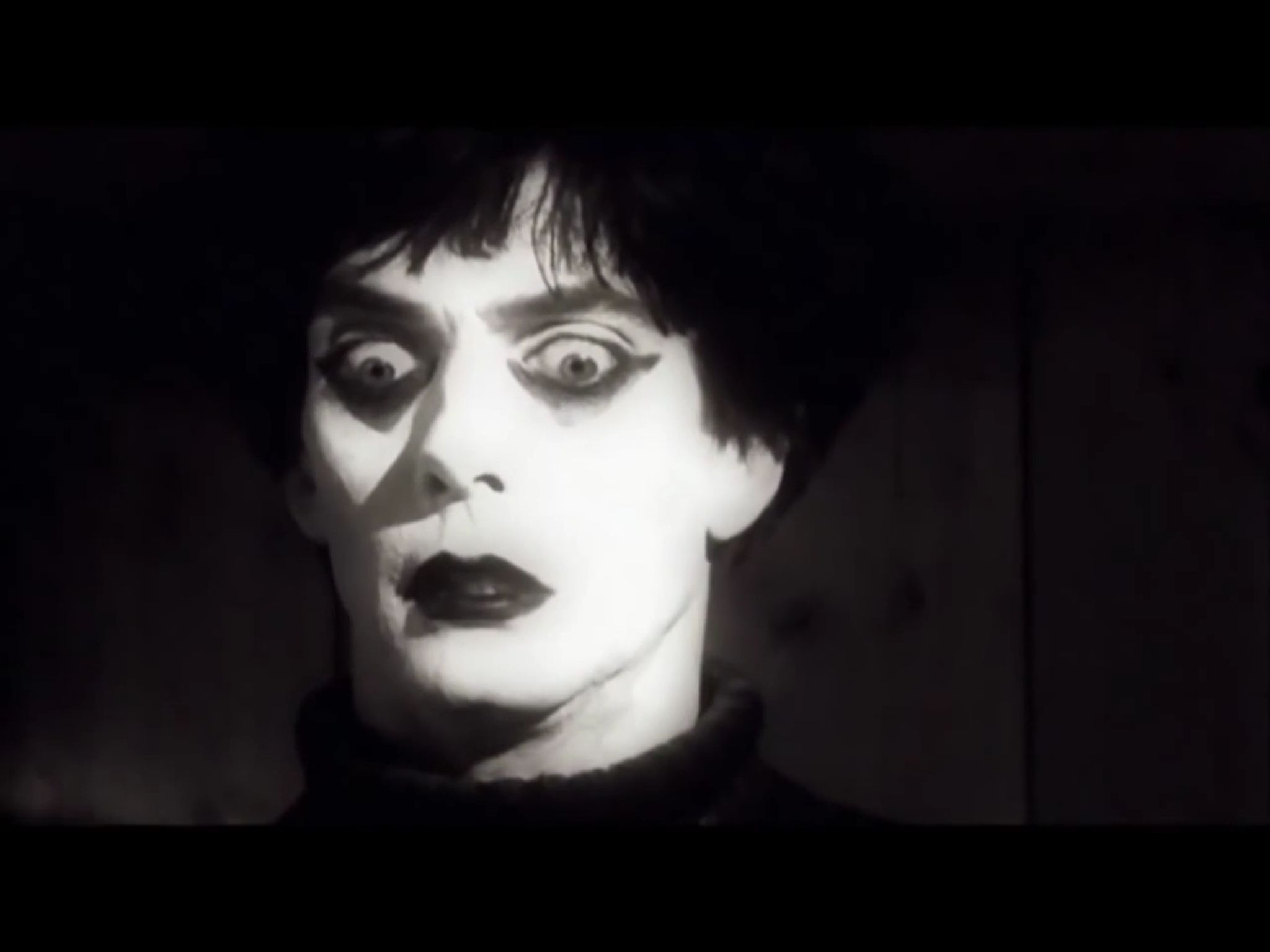 expressions in horror dr caligari and These films were a major contributor to the horror genre and  fritz lang noted that the it was his sled aspect of the cabinet of dr caligari stemmed from their .