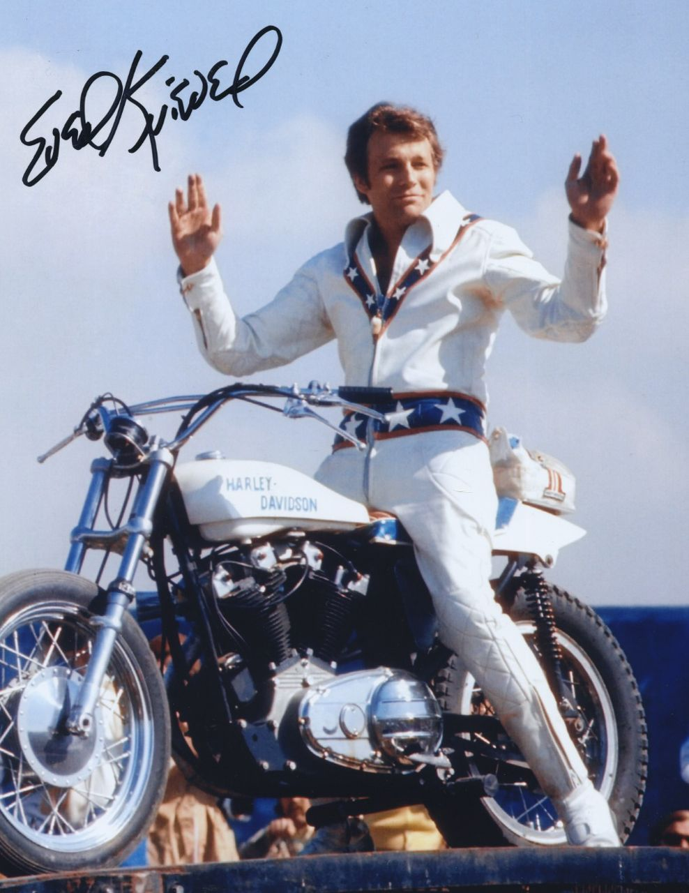 Evel Knievel tries to jumps the canyon but instead falls 600 feet to the ground and suffers only minor injuries.