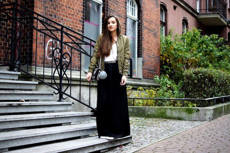 Saia longa preta: a peça coringa para looks estilosos e femininos