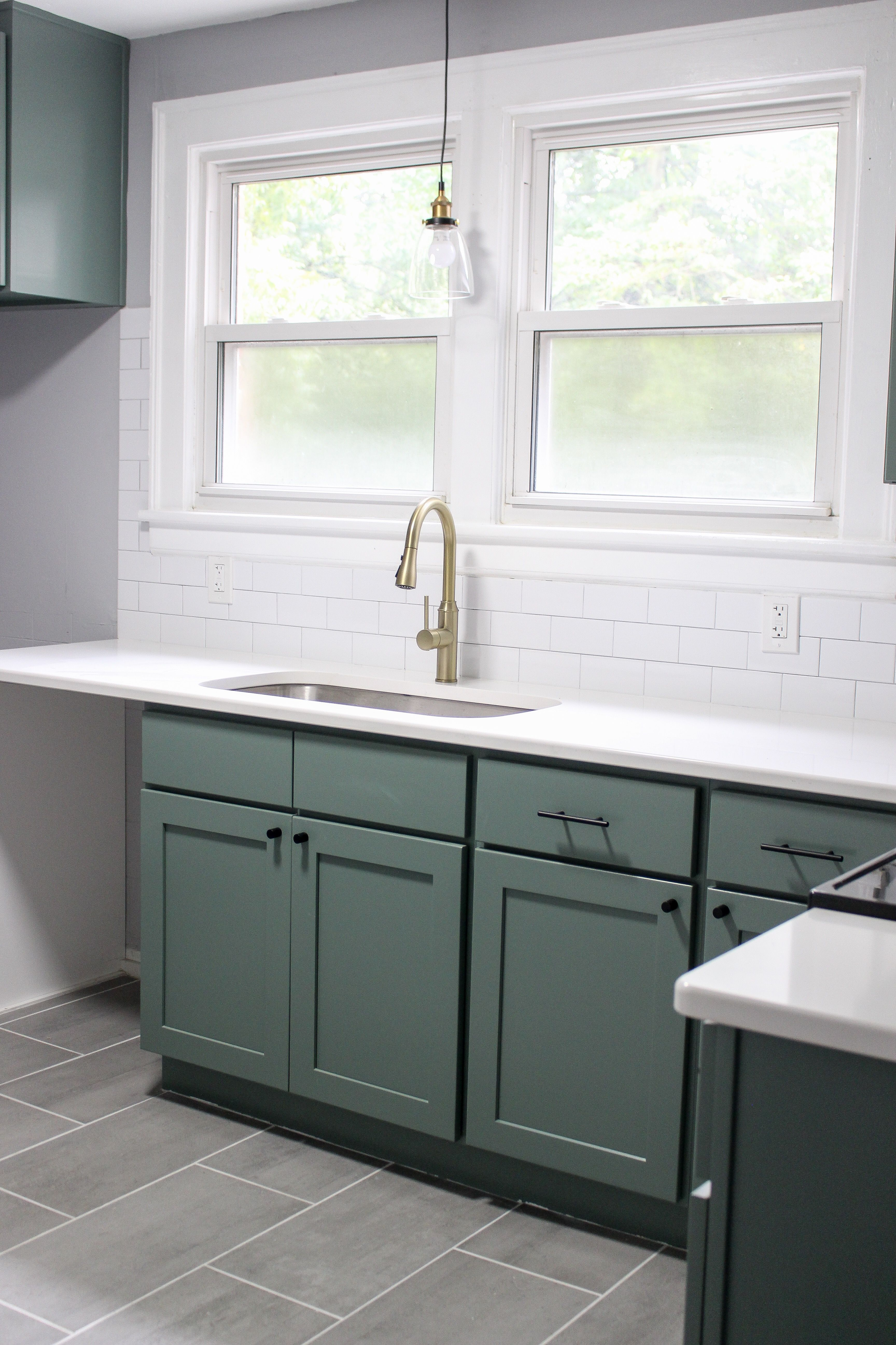 The Perfect Green Cabinet Color Kitchen Cabinets Color Combination Coastal Kitchen Design Paint Cabinets White