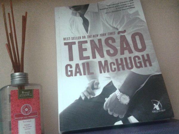 livro, tensão, Gail McHugh