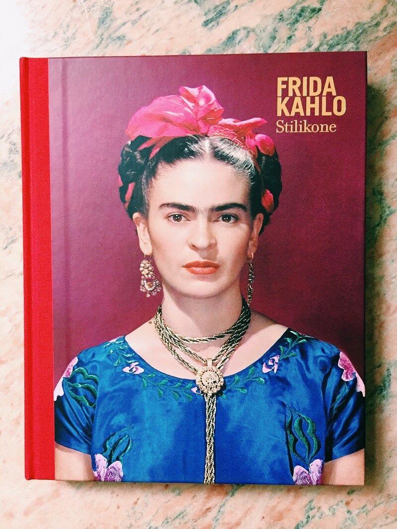 frida kahlo stilikone frida kahlo in 2019 frida kahlo mode grafik und kunst frauen. Black Bedroom Furniture Sets. Home Design Ideas