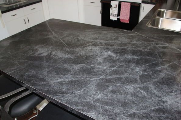 operation get rid of the green my kitchen makeover our kitschy kitchen formica countertops. Black Bedroom Furniture Sets. Home Design Ideas
