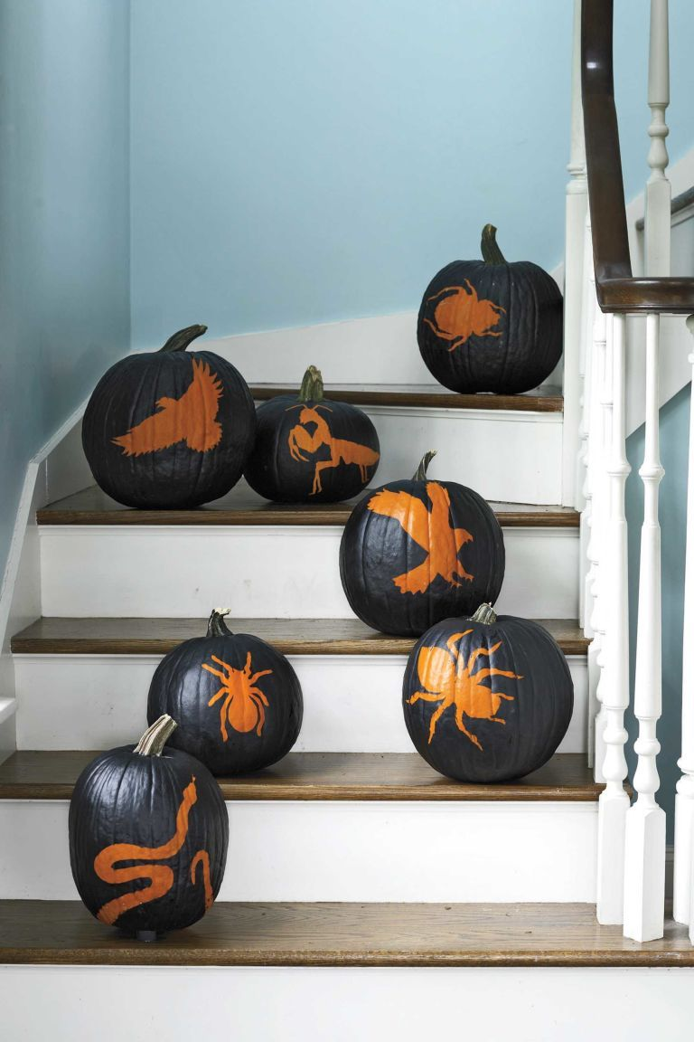 You can put the knife away for these artsy, no-carve pumpkins - Halloween Decoration Ideas Pinterest