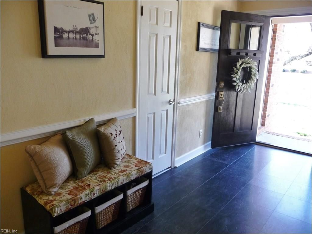1 Bedroom Apartments In Virginia Beach With Utilities Included 1 Bedroom Apartment Bedroom Apartment Apartment