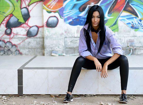 anniefashionidea | En Barranquilla me visto así oxford black charol shoes, leggin leather, classic long sleeve shirt