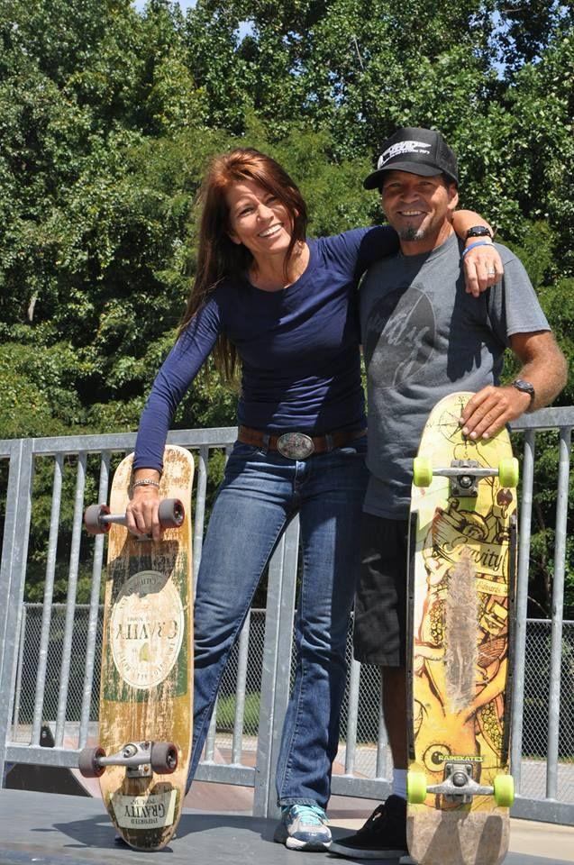 Brad Edwards and sister Alison (Edwards) McGuire Gravity Skate - förde küchen kiel