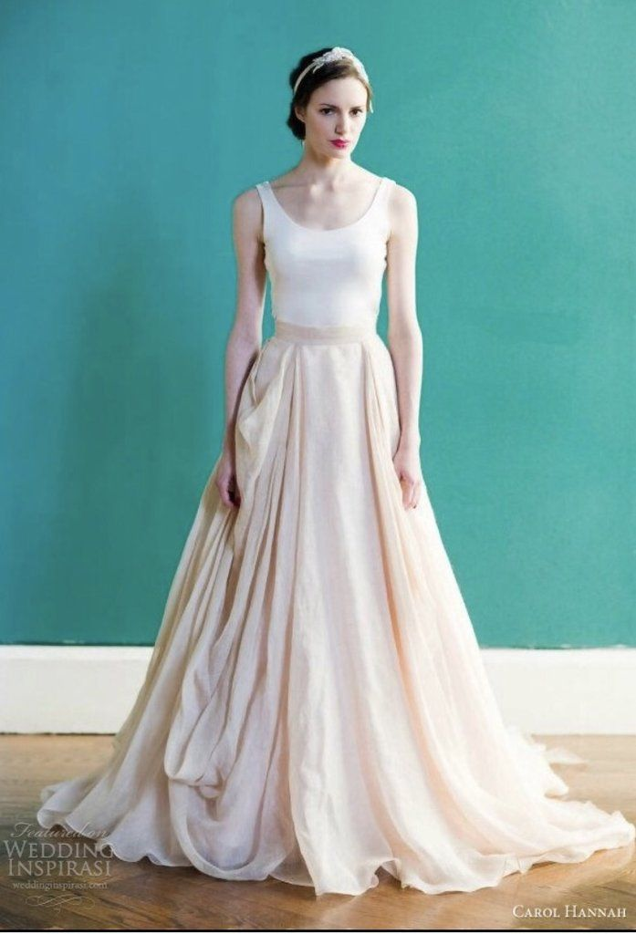 47921198388 Carol Hannah Kensington  buy this dress for a fraction of the salon price  on PreOwnedWeddingDresses.com