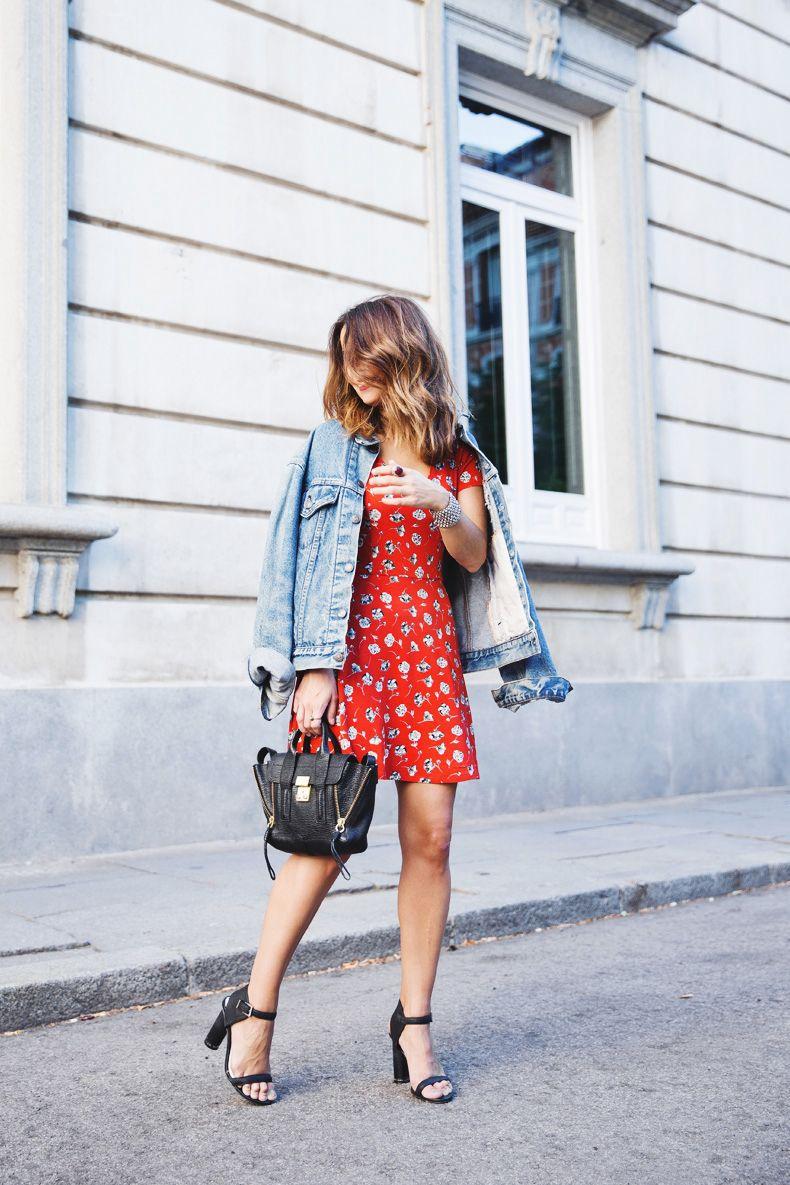 964cb4923ac56a Floral Dress-Topshop-Denim Jacket-Street Style-Outfit-8 Topshop Denim Jacket