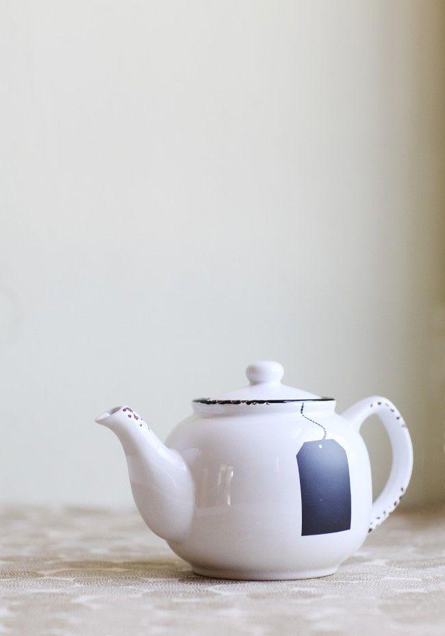 English Breakfast Chalkboard Tag Teapot | Modern Vintage Home & Office