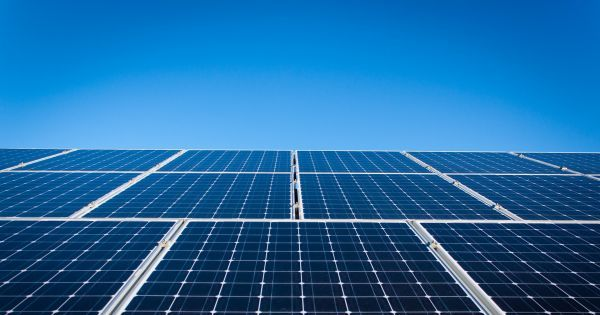 The Uk S Largest Solar Farm Could Be Built Sans Government Help Solar Panels For Home Best Solar Panels Solar Panels