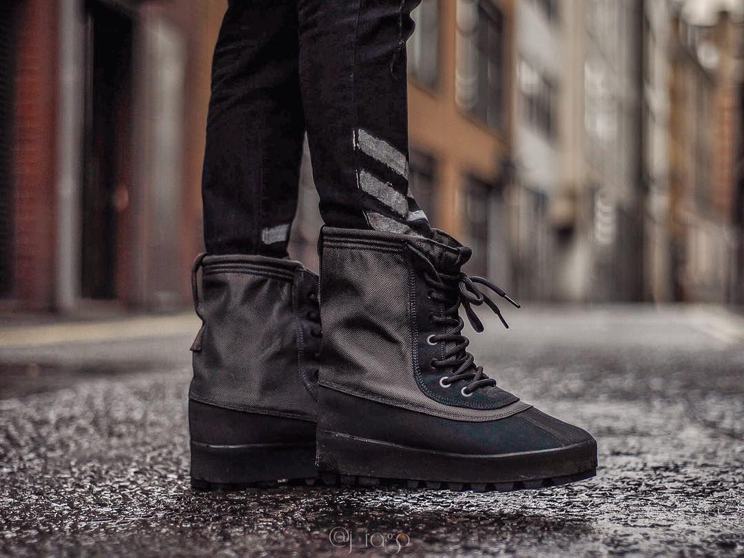 14eed22bb68af adidas YEEZY 950 Boot