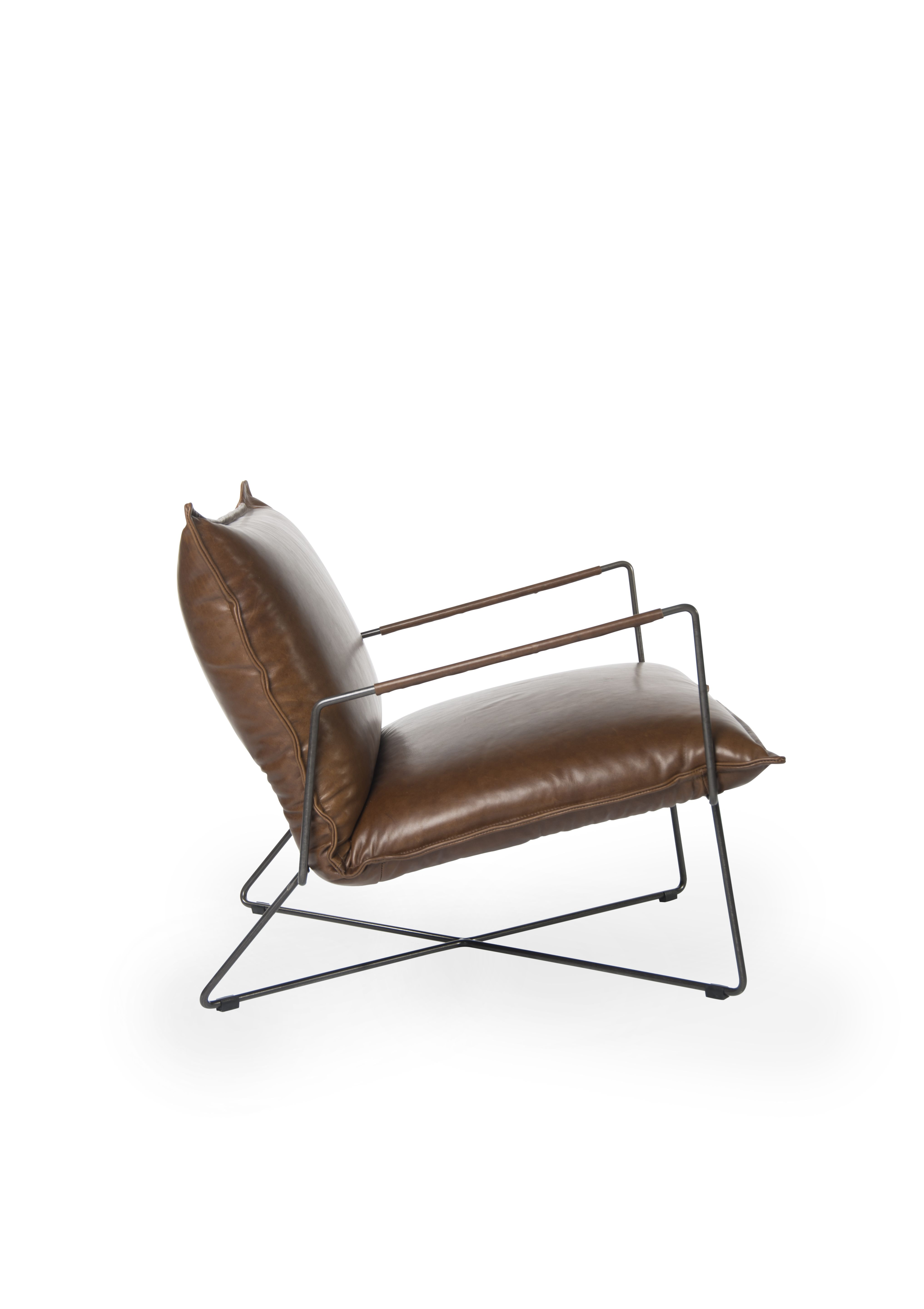 kohl lounge chair met voetenbank wood club welcome to all our customers and agenyts a meubelbeurs