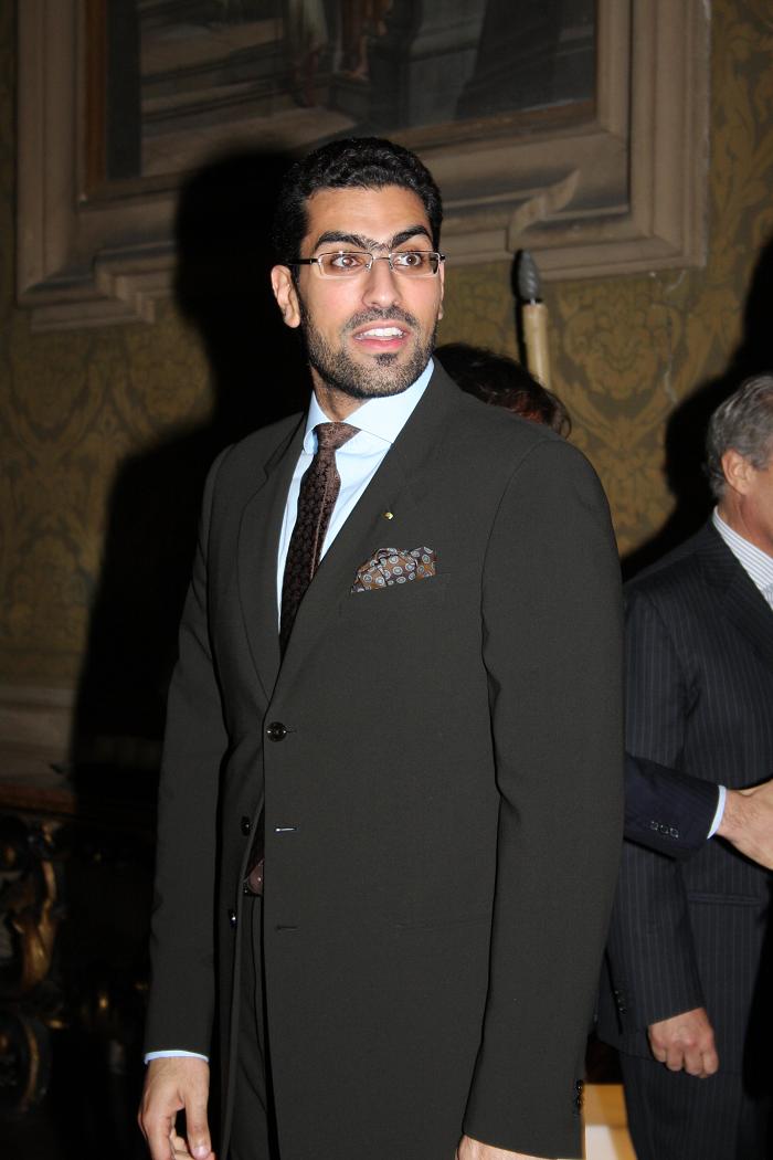الامير سلمان بن عبدالعزيز بن سلمان أل سعود غزالان Famous Suit Jacket Jackets