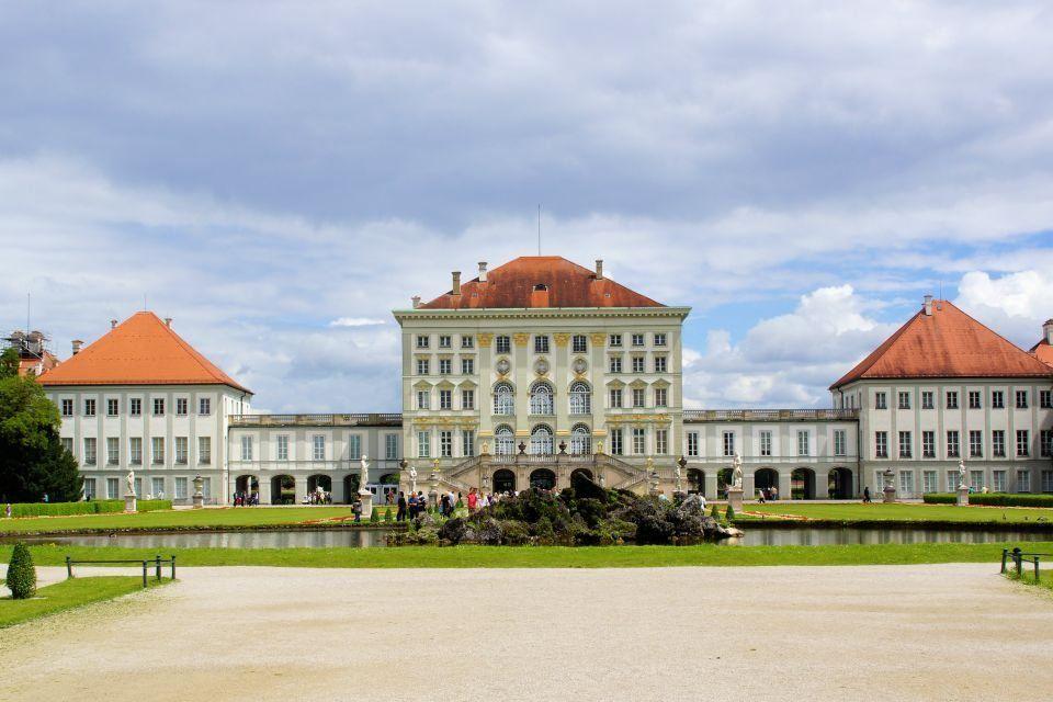 Schloss Nymphenburg Museum Mensch Und Natur Kimapa Kids On Tour Kimapa In 2020 Schloss Nymphenburg Schloss Nymphenburg Munchen Burg