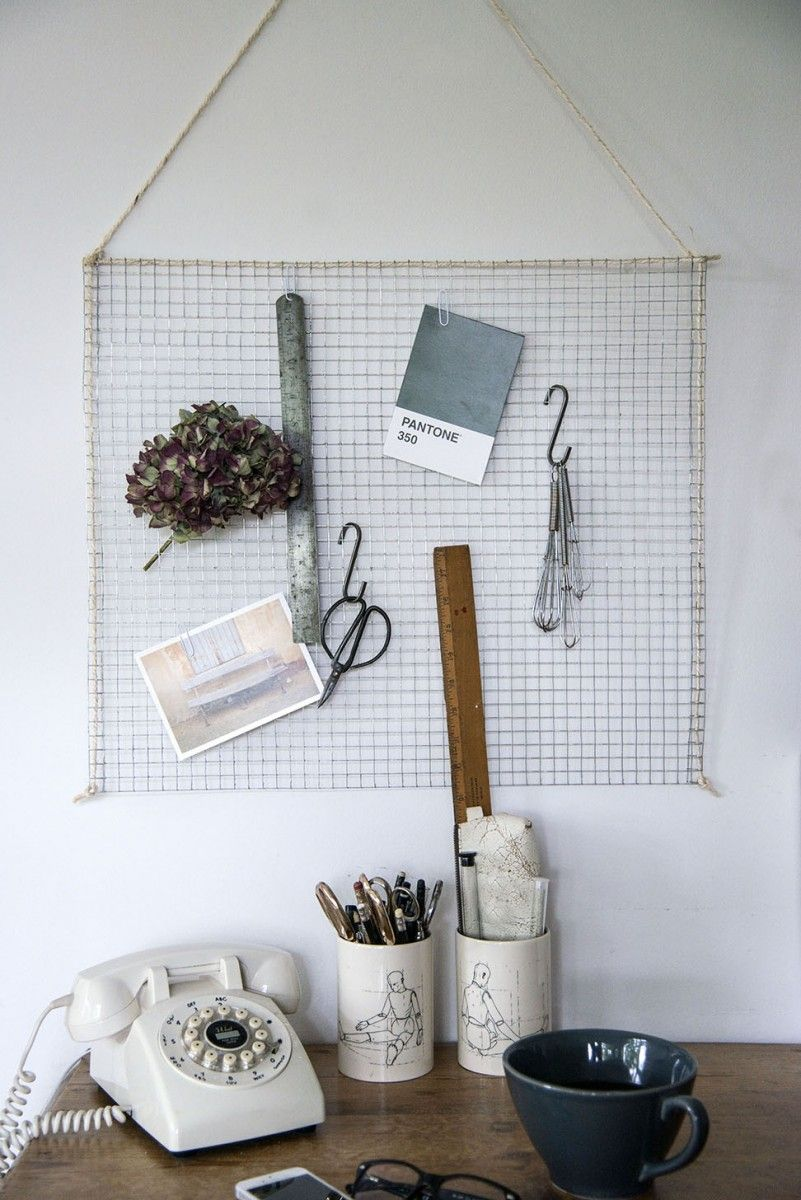 DIY Wire Mesh Memo Board | Wire mesh, Board and Industrial style