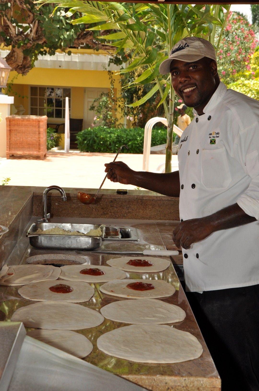 Bella Napoli Sandals Royal Caribbean - Chef Gino
