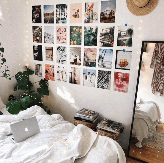 Minimalist Dorm Room is unique college dorm room decor essentials to get you ready for back to school. #dorm #dormroom #roomdecor #decoratingideas #college #backtoschool #room #apartmentdecor #RoomEssentialsHomeDecor