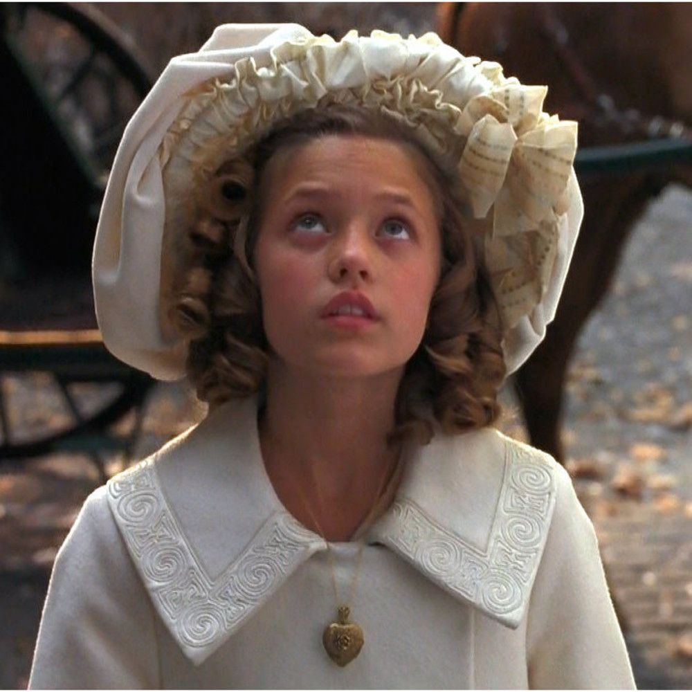 The Best Hidden Movies You Didn T Realize Were On Netflix A Little Princess 1995 Princess Movies Little Princess