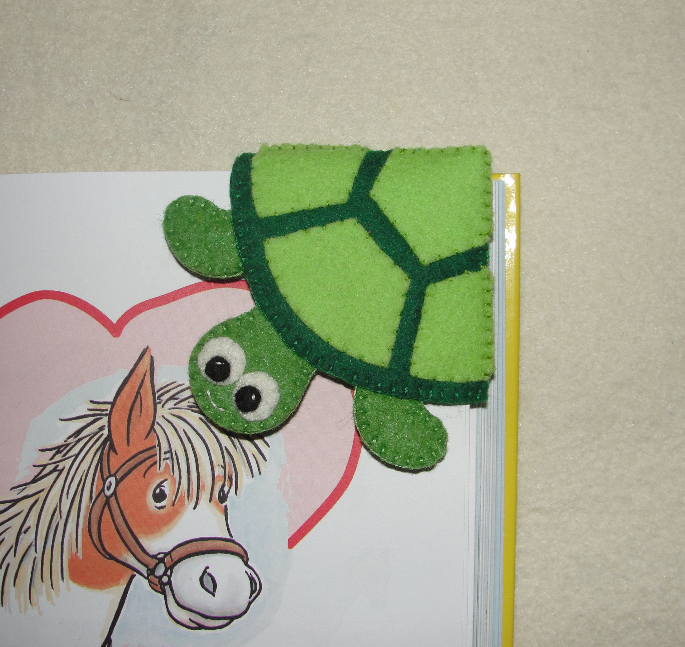 Felt Turtle Corner Bookmark