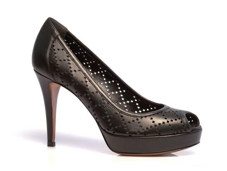 5bd23372b18 Gucci women s pumps open toe in black Soft leather - Italian Boutique €321