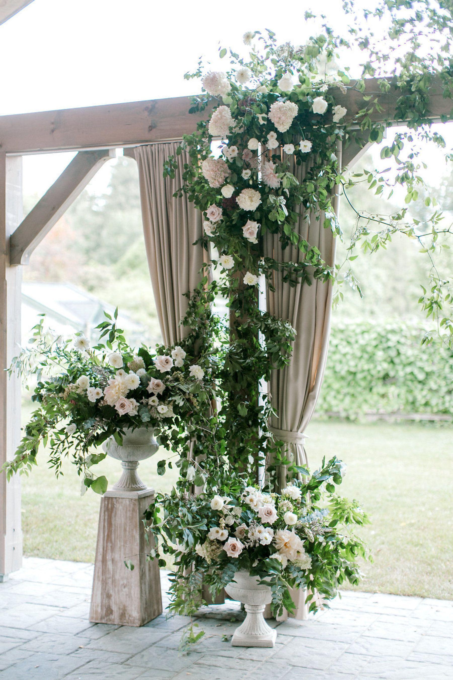 Best dress to wear to a garden wedding  best dresses to wear to a wedding  Romantic Garden Wedding