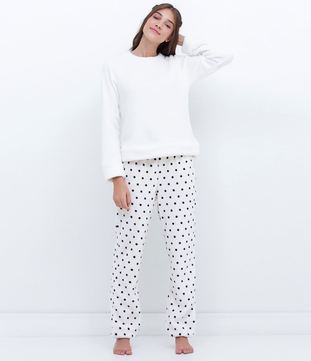 728559789 Pijama feminino Manga longa Com calça poá Marca: Lov Tecido: fleece Modelo  veste tamanho