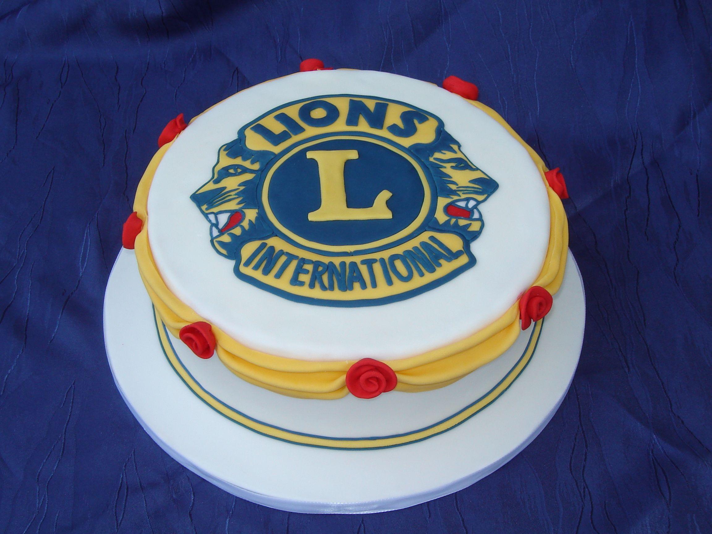 Lions Club Lion cakes, Cake, Vanilla cake