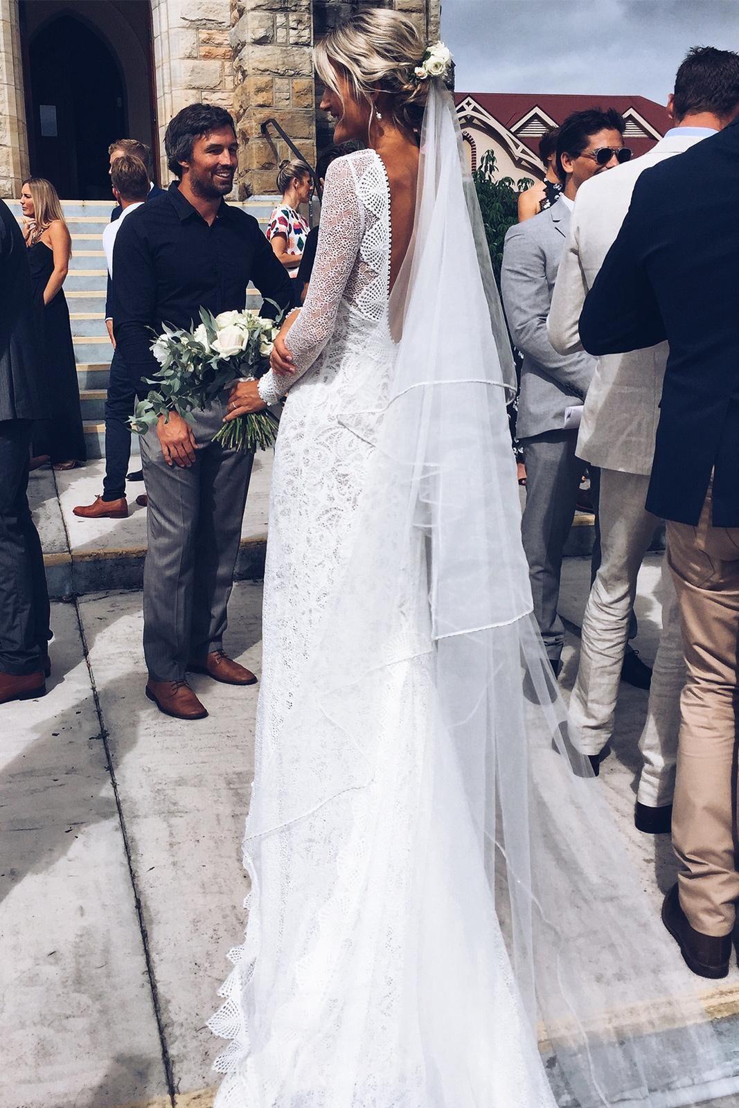 Mai veil gowns and wedding