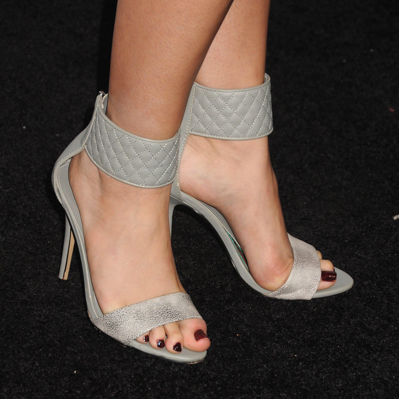Hayley orrantia feet pics