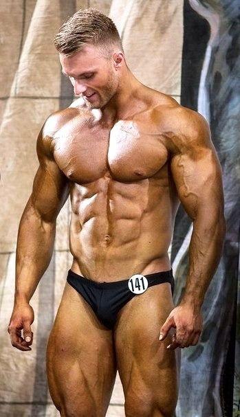 gay men female muscle