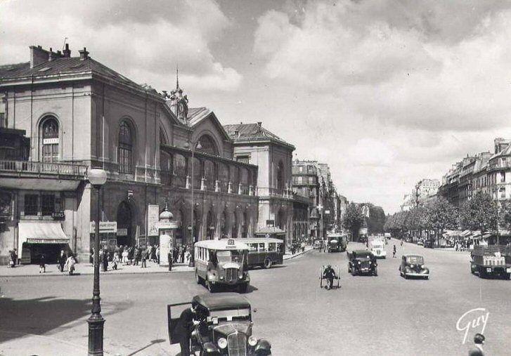 la gare de montparnasse et la place de rennes vers 1930 paris 6 me 15 me paris 6 me d 39 antan. Black Bedroom Furniture Sets. Home Design Ideas