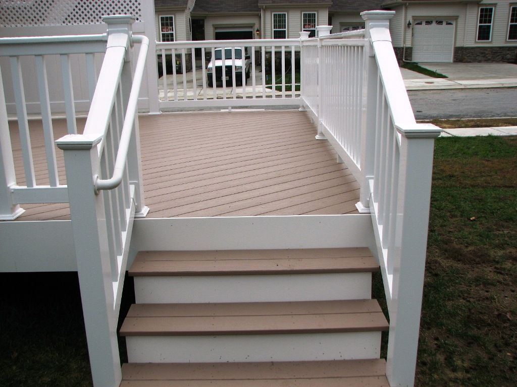 Azek brownstone deck steps and longevity white pvc for Composite porch decking