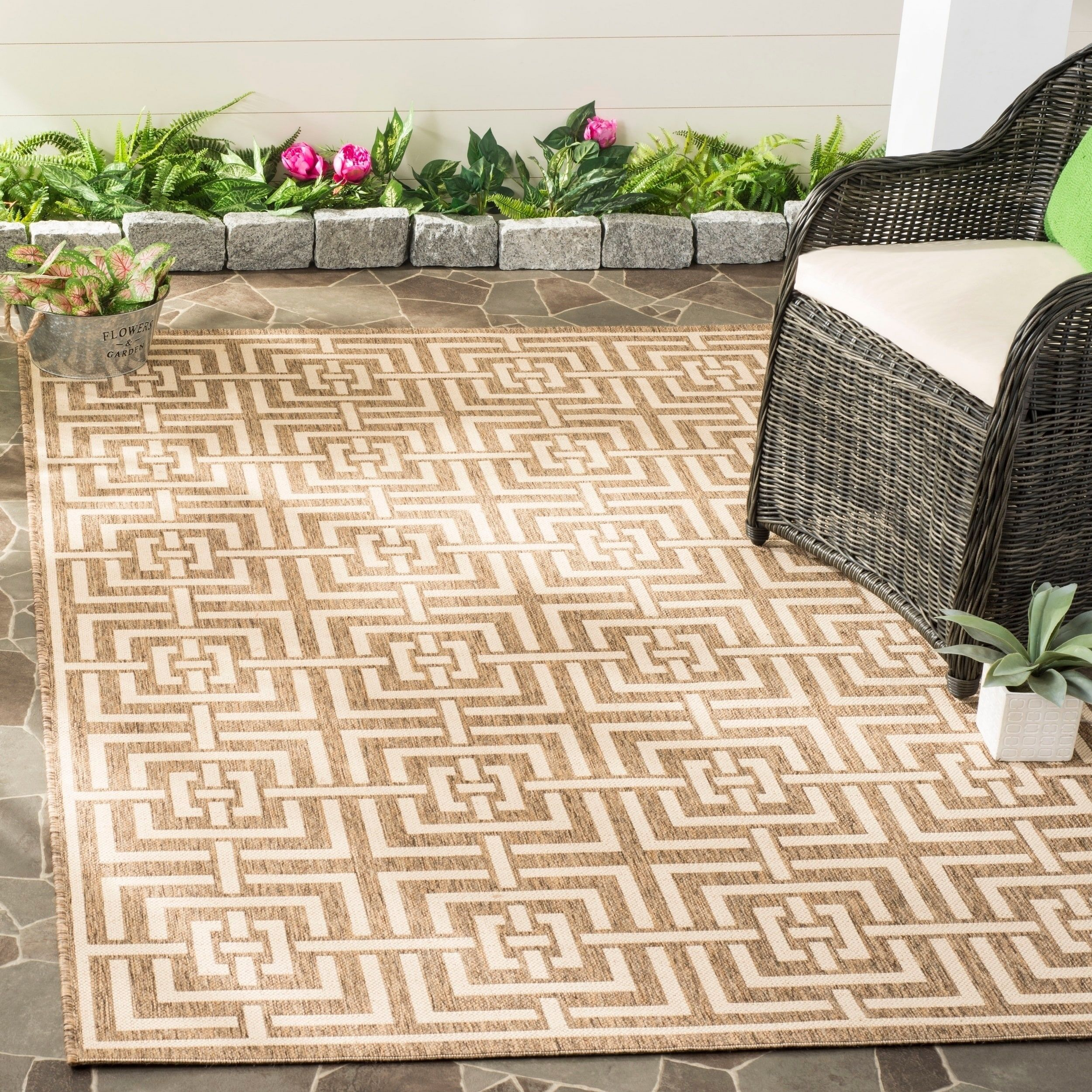 Safavieh Beach House Transitional Geometric Beige Cream Rug 8 X 10 Beige Cream 8 X 10 Indoor Outdoor Rugs Outdoor Rugs Patio