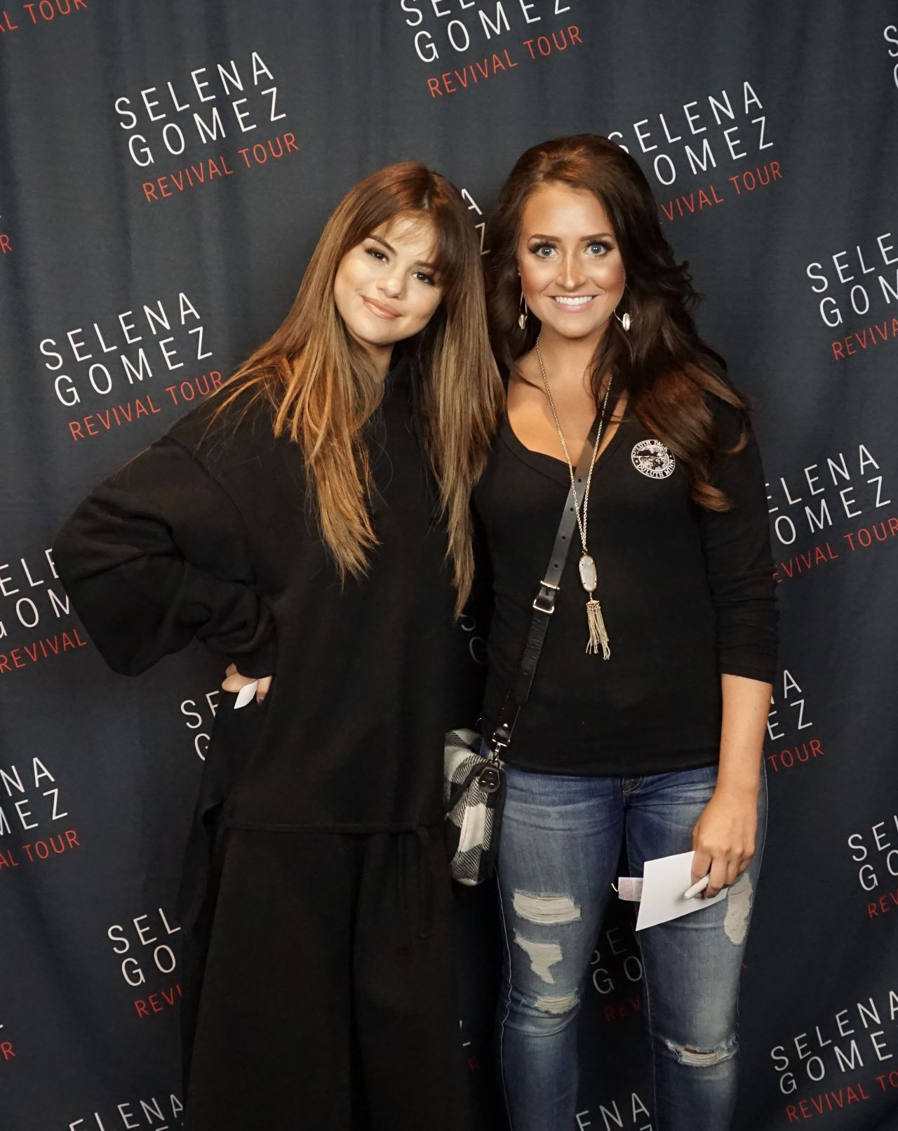 selena gomez meet and greet review