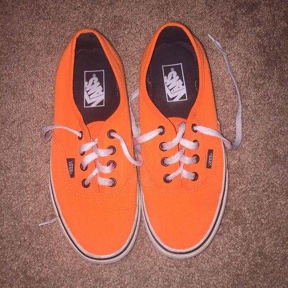11b4103f3d568f Neon orange vans Neon orange lace up vans. Men s size 6