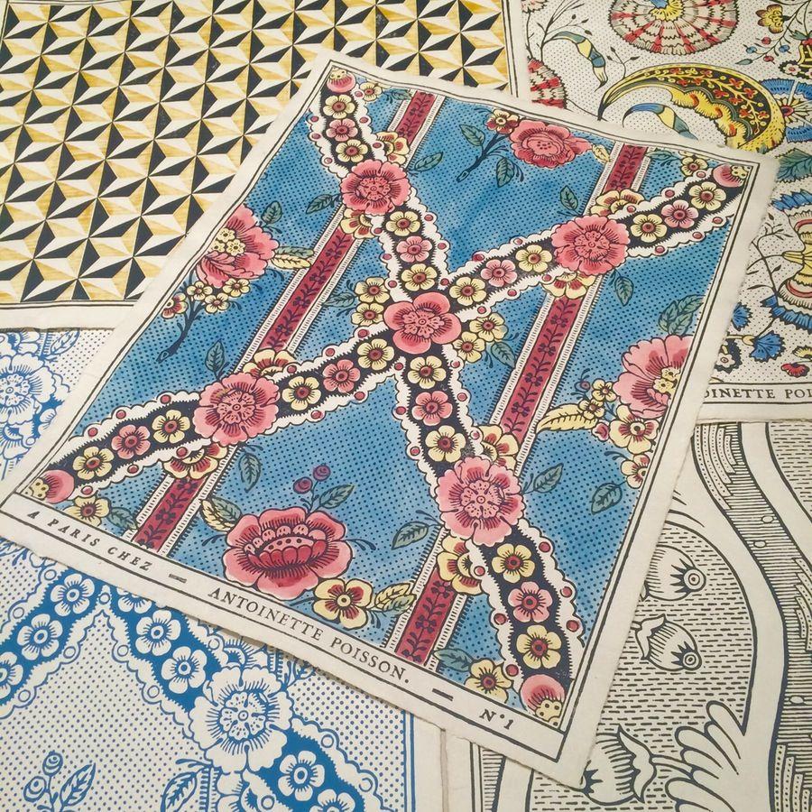 image of n 1 papier dominot antoinette poisson antoinette poisson papier peint tapisserie