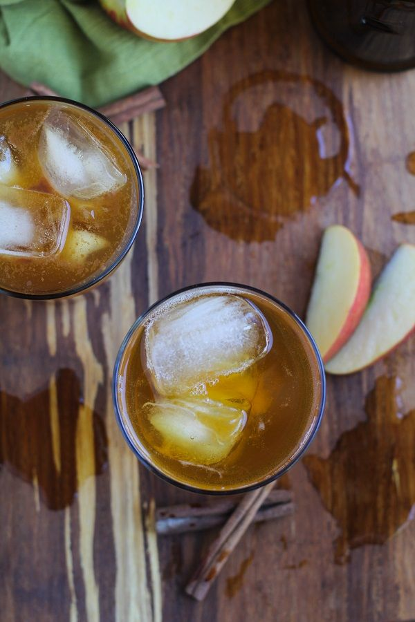 Apple Cider Kombucha - learn how to brew your own probiotic-rich kombucha at home!