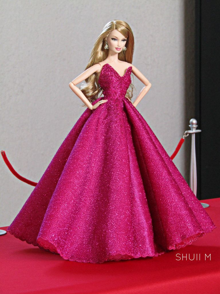 Red Carpet Arrival | ideas | Pinterest | Red carpet and Barbie doll