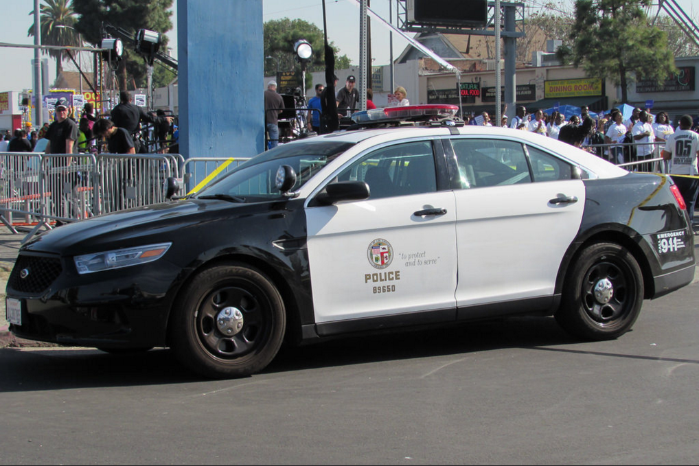 Pin By Aaron Viles On International Police Police Cars Ford
