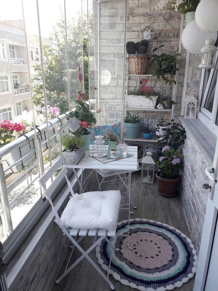 45 Wunderschöne kleine Wohnung Balkon Deko-Ideen #balconyideas