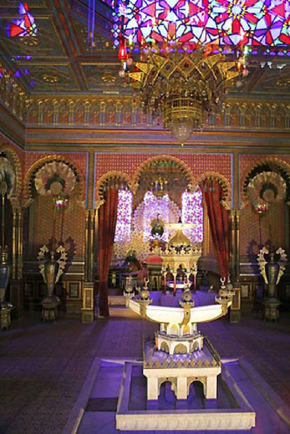 Moorish Pavillion At The Linderhof Castle In Bavaria Germany Germany Castles Germany Tourist Linderhof Palace
