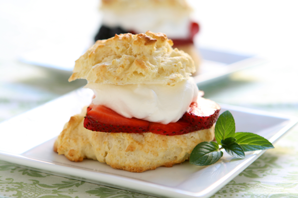 Homemade Buttermilk Shortcake Recipe - Real Food - MOTHER EARTH NEWS