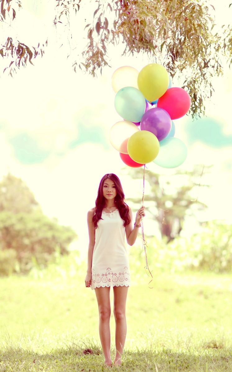 picture with balloons