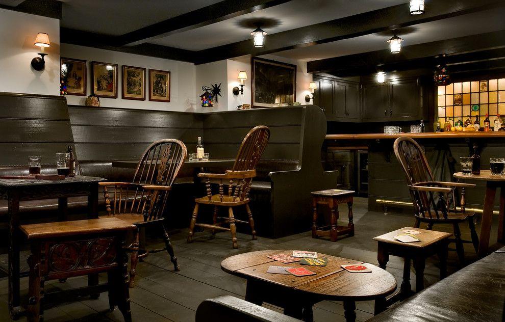 London Pub Recreated In The Home Of An American Man Home Pub Pub Interior Basement Design