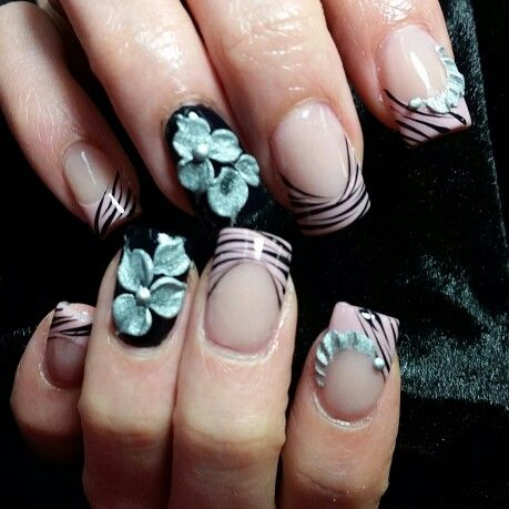 silver flower  the art of nails nail art designs nails