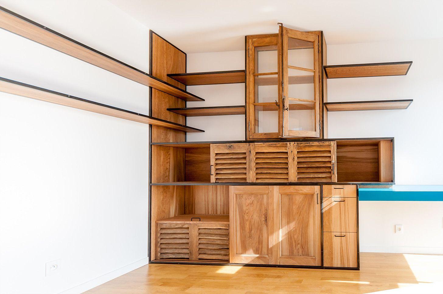 meuble r alis sur mesure en ch ne brun massif ch ne. Black Bedroom Furniture Sets. Home Design Ideas