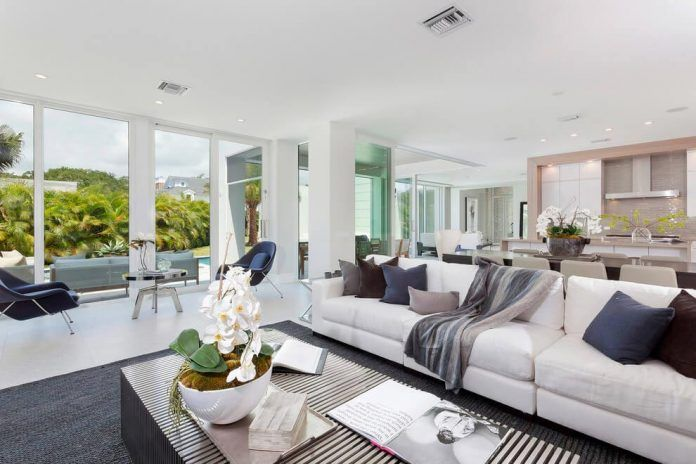 Modern Single Family House Located In Delray Beach Florida Designed By Ibi Designs Caandesign Beautiful Living Rooms House Design Florida Design
